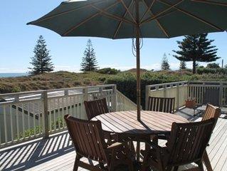 Ohope Hot Spot - Beach front