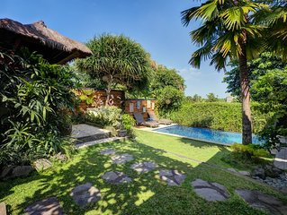 Exclusive & Private 2BDR Villa Canggu