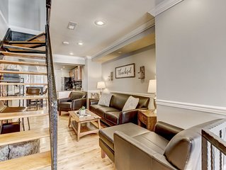 Luxurious Home Next to Camden Yards With Rooftop Deck and Parking
