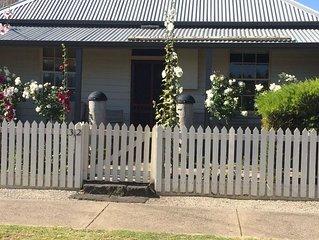 Mutton Bird Cottage, perfect central location