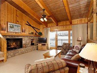 Timberline Deluxe Ski-In/Ski-Out Two Bedroom Plus Loft / 2 Bath Condo