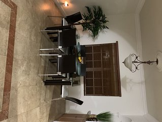 Heart of Miami 3 bedrooms / 3 baths, parking included