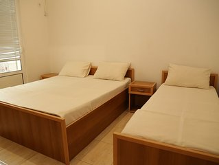 Private Room For Three Persons In Peaceful Area