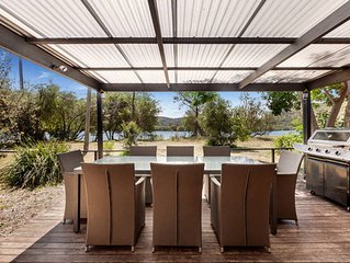 THE LITTLE OYSTER Waterfront Beach House Patonga