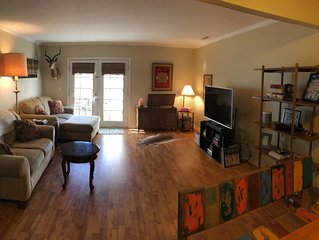 Furnished 2 BR - Fantastic location!