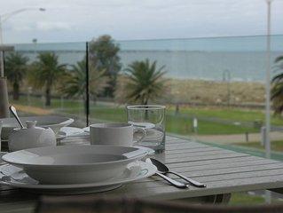 Luxury - uninterupted water views
