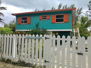 Calypso Cottage - 3 min walk to beach - sleeps 4