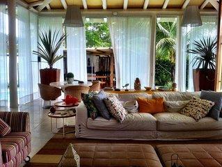 Luxuosa casa no Condomínio Porto Frade / Cond. do Hotel Fasano