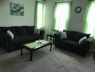 2/1 Upstairs Apartment - Fully Furnished