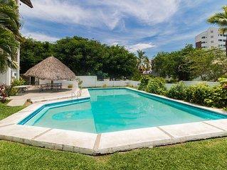 Apartamento completo de 2 dormitorios con piscina - 1 cuadra de la playa con WiF