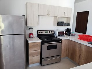 3 bedroom apartment close to Escalon and to World trade center