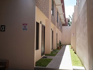 Brand New Apartments 2 Bed, 1 1/2 Bath Close To Shops And Restaurants, Sleeps 4.