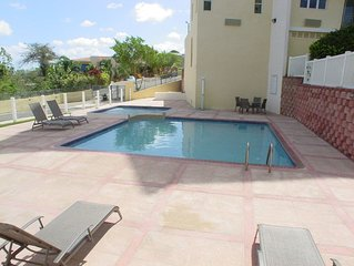 Cayo del Sol private & cozy 3 air-conditioned bedroom beach apartment near Buye