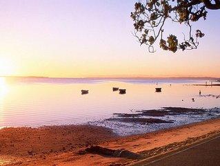 Close to Waterfront on beautiful Moreton Bay