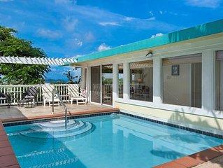 Luxury beach villa .  Walk to Sapphire, Pelican and Lindquist Beaches.