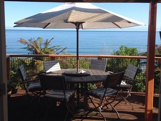 Stunning sea views, sunsets in a romantic, cosy Kiwi holiday home