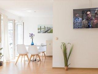 Premium 2 room apartment 10 min Uni, 4 min City