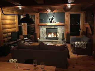 Scandinavian log cottage in Mont-Tremblant, all seasons activities