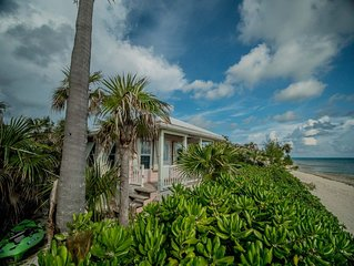 The Pink Sand Cottage   'Right on the Ocean!'   High speed Internet..wifi