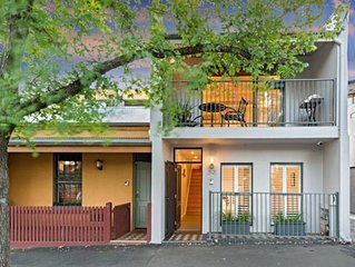 Meko - Luxury Carlton House in Melbourne golden inner city