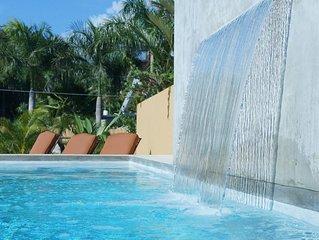 The Pool Bungalow, Saltwater Pool, Beachside, Walk to Beach, Lush Gardens