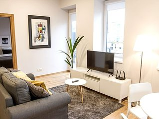 Modern one bedroom apartment in old town