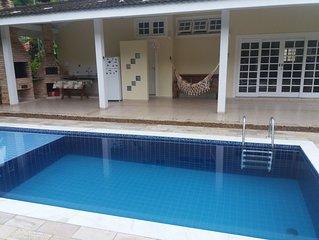 Casa em condominio fechado, piscina privativa,450 m da praia,1,5de Maresias
