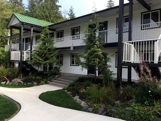 Wild Renfrew: West Coast Trail Lodge - Double Queen Beds with Kitchenette