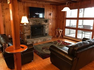 New 5 Bedroom 3 Full Bath Lake Wallenpaupack Water Front home w/ dock and A/C