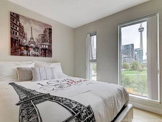 LUX 2 BR Suite with City Views