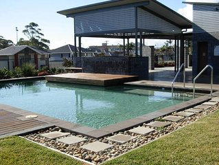 Beach House for a couple, 2-3 couples or a large family. Close to Beach and Pool