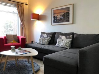 In City Centre / Excellent Location / Parking/4 Beds