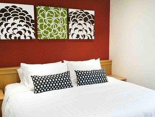 3 Bedroom Apt Orchard/ Stevens Area #32