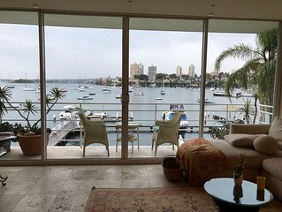Absolute Harbourside Apartment