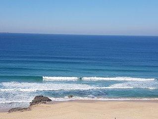 ARENA LUXURY BEACHFRONT APARTMENT - NEWCASTLE BEACH