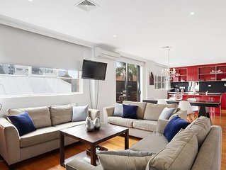 A PERFECT STAY – Manallack Apartments - Olley - artistic contemporary apartment
