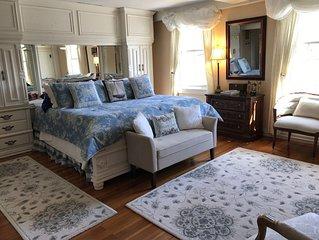 Historic Colonial Tavern - 1693 Cape Cod Estate