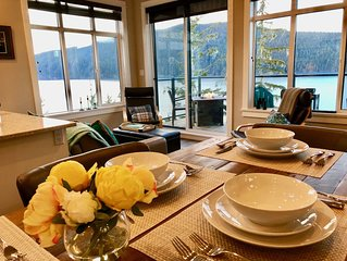 Coastal Comfort - Luxury Waterfront Vacation Cottage 100 Feet above the sea