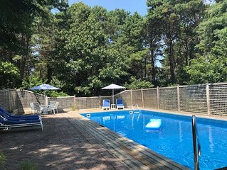 Southampton Home Private Located near town beach w/ Heated Pool & Jacuzzi