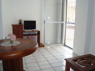Apartamento na Barra - 02 quartos.
