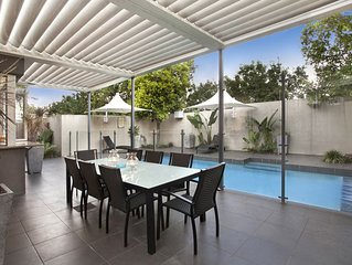 Lambert House at Kangaroo Point - Close to the CBD. Pet and family friendly