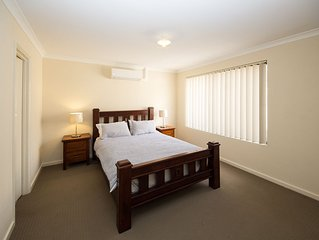 Cosy Lodge Cannington - Comfort at value price