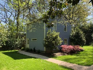 2 Bed, 1.5 Bath Newly Renovated, Rustic and Private Guest House