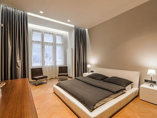 NEW! Premium apartment next to Louis Vuitton building - Prague Old Town