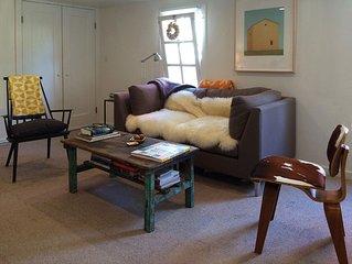 Wonderful, Designer-Inspired, Super-Private Furnished One Bedroom with Garden