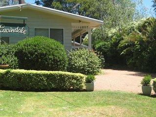 Lucindale lovely cottage garden,