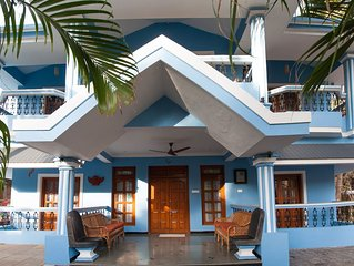 Luxury Beach Villa with Bathtub Room, Flat Screen TV, Perfect for Families