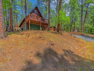 'A-Frame' Cabin- Classic Mountain Retreat in Upper Canyon
