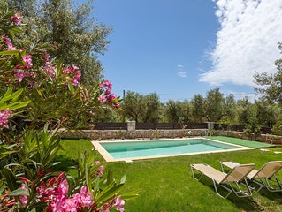 2 bedroom stone house with private pool, terrace, yard & bbq
