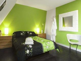 Le gite aux Pignons - Beautiful cottage in Alma - The Jessica Room
